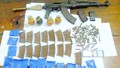 Bắt quả tang đối tượng buôn bán heroin và 'kho' vũ khí 'nóng'