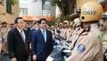 Cảnh sát Hà Nội ra quân đảm bảo trật tự giao thông đầu năm
