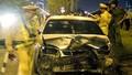 Ô tô đi ngược chiều gây tai nạn liên hoàn, 4 người bị thương
