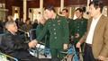 Thăm hỏi, tặng quà Tết thương binh nặng tại Thuận Thành