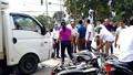 Xe tải húc hàng loạt xe máy dừng đèn đỏ, nhiều người nhập viện