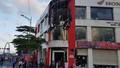 Chập điện gây cháy tại 1 cửa hàng xe máy trên quốc lộ 1