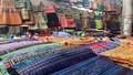 Màu sắc chợ phiên