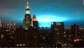 Góc nước Mỹ 'nhuộm' xanh do nổ máy biến áp ở New York