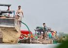 Cảnh sát nổ súng khống chế 'cát tặc' trên sông Đồng Nai