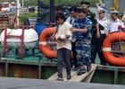 Bộ đội vượt bão cứu ngư dân gặp nạn