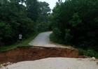 Nghệ An: Nhiều địa phương bị chia cắt sau bão số 3