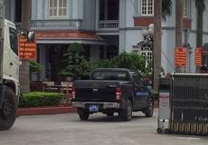"""Thanh tra Giao thông Hải Dương """"bật đèn xanh"""" cho xe quá tải vượt trạm cân?"""