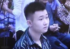 """Bố Đào Quang Khánh được """"báo mộng"""" về việc hoãn phiên tòa?"""