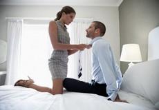 """Lỡ """"lên giường"""" với chồng của bạn thân"""