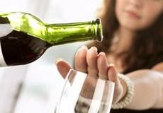 Hạn chế uống rượu để giảm nguy cơ ung thư