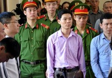 Rùng mình với sự thiếu trách nhiệm trong vụ 8 người tử vong khi chạy thận ở BVĐK Hòa Bình