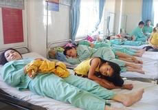 76 công nhân nhập viện cấp cứu sau bữa cơm trưa