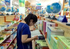 Dụng cụ học tập vào mùa: Hàng Việt lên ngôi, nhiều khuyến mại