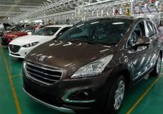 Thị trường ôtô: Nghịch lý thuế giảm nhưng giá xe vẫn chưa giảm