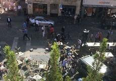 Xe tải lao vào đám đông ở Đức, ít nhất 2 người thiệt mạng