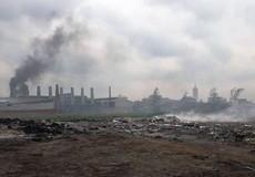 """Gánh ô nhiễm vì... """"hàng xóm"""" đốt phế liệu ở Đông Anh: Cần sớm xử lý dứt điểm!"""