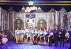 Hồng Nhung, Mỹ Tâm, Hương Tràm cùng hát tri ân thầy cô