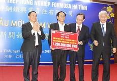 Formosa Hà Tĩnh trao hơn 1,8 tỷ đồng tài trợ công ích dịp cuối năm