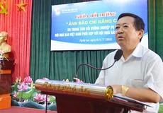 Bồi dưỡng nâng cao về ảnh báo chí tại Nghệ An