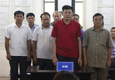 Vắng mặt 2 bị cáo, hoãn phiên xử phúc thẩm 10 cán bộ ở Đồng Tâm