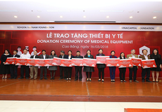 Quỹ Toyota Việt Nam trao tặng thiết bị y tế cho các bệnh viện tại tỉnh Cao Bằng