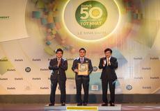 Vietcombank 6 năm liên tiếp được bình chọn trong top 50 công ty niêm yết tốt nhất Việt Nam