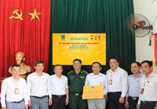 Bảo hiểm PVI chi trả hơn 2 tỷ đồng bảo hiểm cho tàu cá gặp nạn tại Đà Nẵng