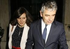 'Mr Bean' sắp có con ở tuổi 62 với bạn gái 33 tuổi