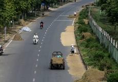 Yêu cầu giữ lòng đường cho xe lưu thông, vỉa hè cho người đi bộ Hà Nội