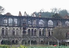 Khám phá tu viện cổ Tả Phìn