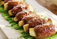 Hướng dẫn nấu thịt bò băm bọc nấm lạ miệng thơm ngon