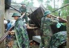 200 cán bộ, chiến sĩ giúp dân khắc phục hậu quả thiên tai