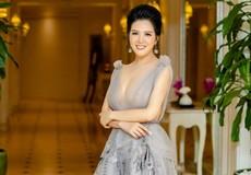 Lối rẽ mới của 'Nữ hoàng phòng trà Hà Nội' Đinh Hiền Anh