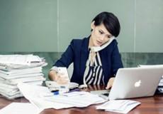 """Lắng nghe lời """"kêu cứu"""" của nữ giới văn phòng"""