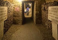 Hầm mộ 6 triệu bộ hài cốt dưới lòng đất Paris