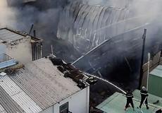 'Bà hỏa' thiêu rụi tài sản trong quán bar mới khai trương ở TP HCM