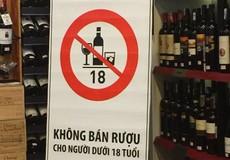 """Bảo vệ trẻ em trước tác hại của rượu, bia: Luật """"bó tay"""" bởi người lớn xem thường?"""