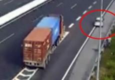 Truy tìm để xử phạt chủ ô tô đi lùi trên cao tốc Hà Nội-Hải Phòng