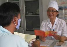 Bình thường hóa khám chữa bệnh HIV: Hạn chế rào cản kỳ thị