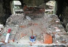 Công an vào cuộc vụ lăng mộ mẹ vua Dục Đức bị đào xới