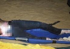 Phát hiện thi thể nam thanh niên trôi dạt vào bờ biển