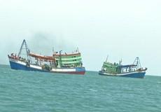 Tìm kiếm hai ngư dân mất tích trên biển