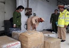 Bắt giữ xe khách Lào chở hơn 2,5 tấn nội tạng không rõ nguồn gốc