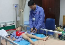 """Hàng loạt bé trai bị sùi mào gà ở Hưng Yên: Chính quyền chưa làm tròn trách nhiệm hay là """"sự cố đáng tiếc""""?"""