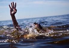 Nam sinh viên chết đuối khi đi tiếp sức mùa thi