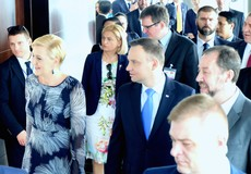 Tổng thống Ba Lan và Phu nhân tới thăm tháp Tài chính Bitexco