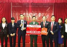 Prudential chi trả hơn 2 tỷ đồng quyền lợi bảo hiểm cho khách hàng tại Hà Nội và Bắc Giang
