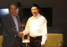 Malaysia xem xét thuận lợi hóa thủ tục cho lao động Việt
