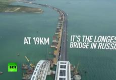 Cận cảnh cây cầu 'phép lạ' Crimea dài nhất châu Âu mới hợp long tại Nga